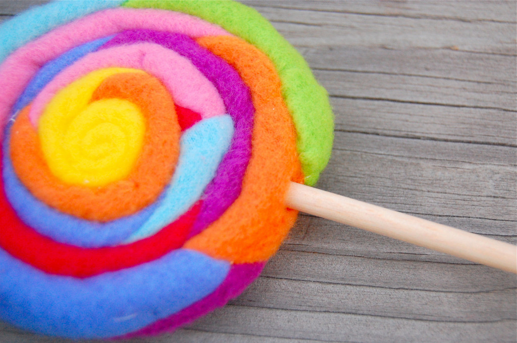Featured Fleece Lollipop Tutorial Sewtorial